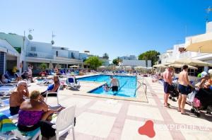 Bazén hotelu Condes de Alcudia