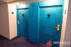 Dveře do pokojů