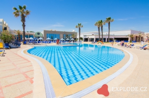 Bazén hotelu Eden Club