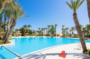 Bazén hotelu Zita Beach Resort