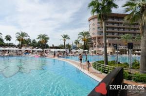 Bazén hotelu Kirman Arycanda
