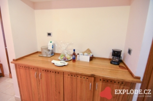 Kuchyňská skříňka